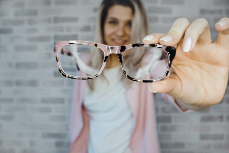 Myopia short-sightedness in kids and adults treatment